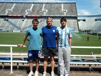 Agsutín en llega a Vélez 2010